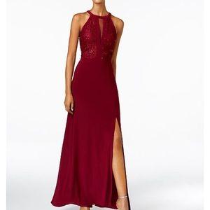 Beautiful formal dress maroon/wine size 6